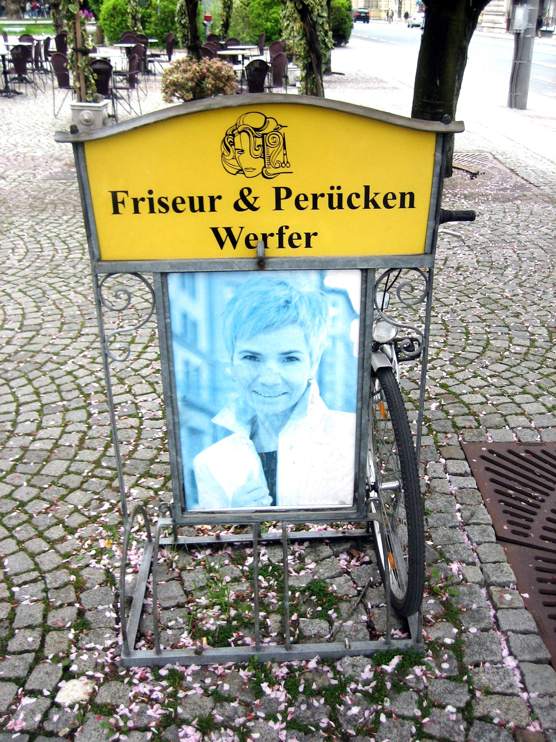 aparcabicicletas curvado en Salzburgo